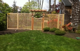 "4"" Square Lattice with Pergola Gate"