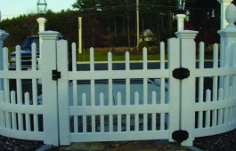 Louisville Staggered Gate & Radius Fence