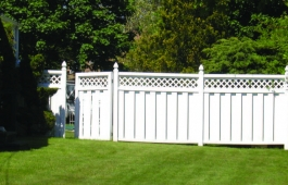 Trenton Lattice Top Fence & Gate